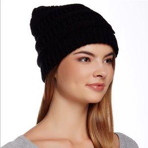 Modena Horizontal Purl Knit Black Beanie